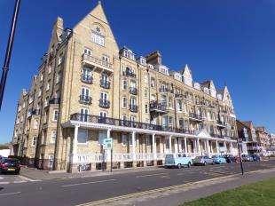 2 Bedrooms Flat for sale in Granville Court, D'Este Road, Ramsgate, Kent