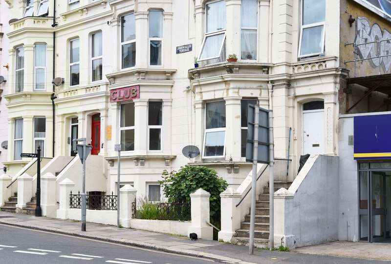 1 Bedroom Flat for sale in Cornwallis Terrace, Hastings, East Sussex, TN34