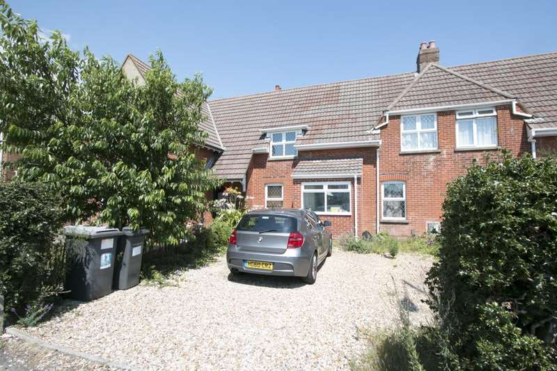 3 Bedrooms Terraced House for sale in Cranleigh Road, Bournemouth, Dorset, BH6