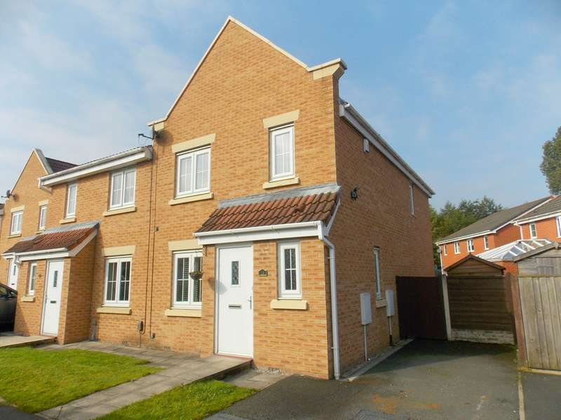 4 Bedrooms Semi Detached House for sale in Kelstern Close, Bolton, BL2