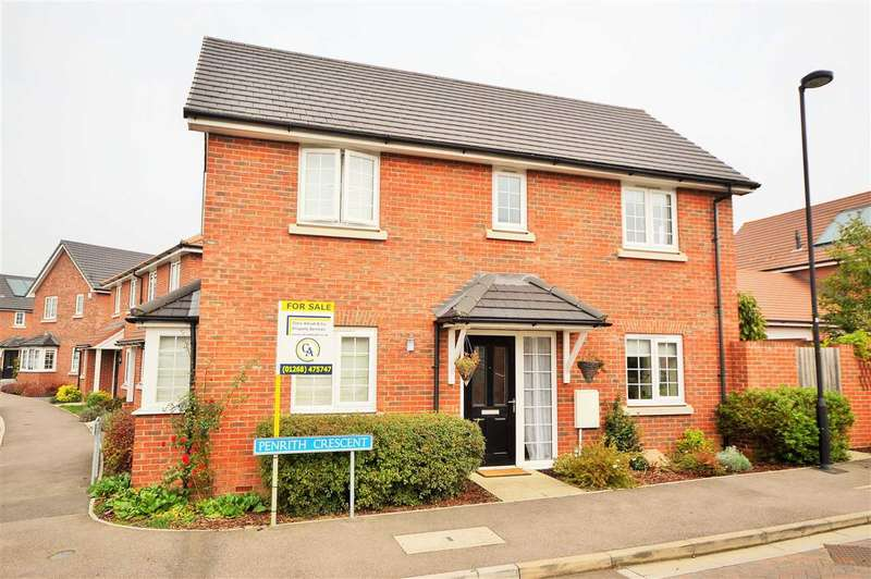 3 Bedrooms Detached House for sale in Penrith Crescent, Wickford