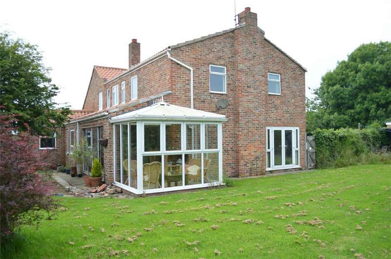 5 Bedrooms Detached House for sale in Northorpe, Atwick Road, Hornsea, East Riding of Yorkshire