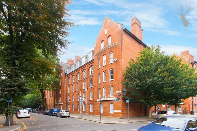 1 Bedroom Flat for sale in Taplow House, Palissy Street, Shoreditch, E2