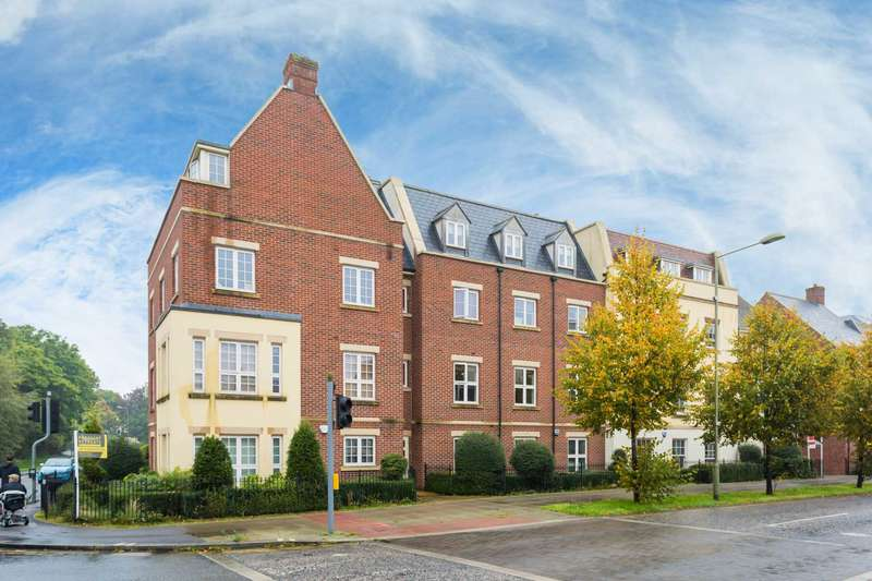 2 Bedrooms Apartment Flat for sale in Woodford Way, Witney