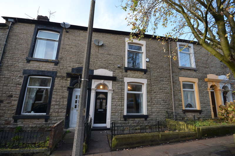 3 Bedrooms Terraced House for sale in Sarah Street, Darwen
