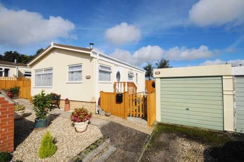 2 Bedrooms Park Home Mobile Home for sale in a Handley Park, Sixpenny Handley