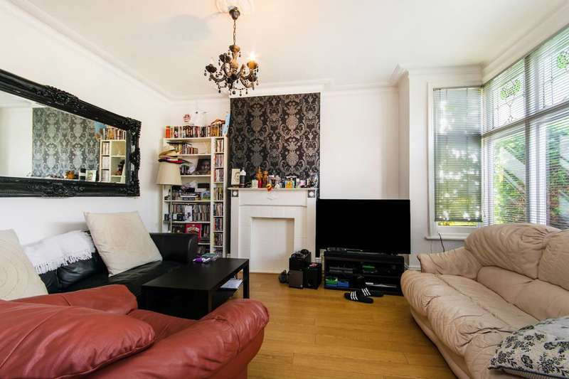 3 Bedrooms House for sale in Chisholm Road, Croydon, CR0