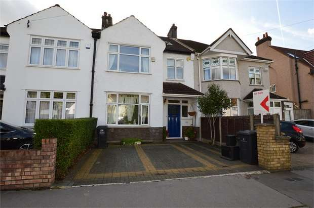 4 Bedrooms Semi Detached House for sale in Norbury Avenue, Thornton Heath