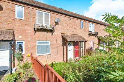3 Bedrooms Terraced House for sale in Armourer Drive, Neath Hill, Milton Keynes, Buckinghamshire