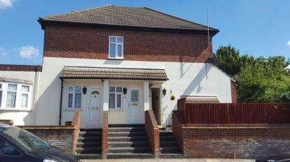 1 Bedroom Maisonette Flat for sale in Tokyngton Avenue, Wembley, Middlesex