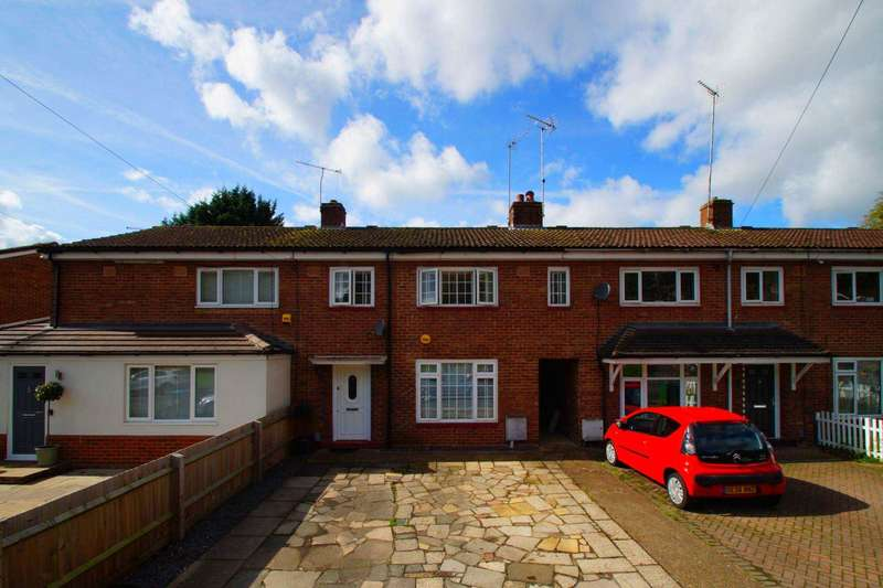 3 Bedrooms Terraced House for sale in Beechfield Road, Boxmoor