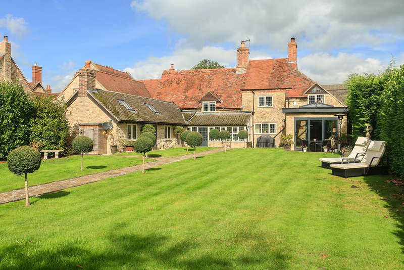 4 Bedrooms Detached House for sale in Rectory Road, Great Haseley