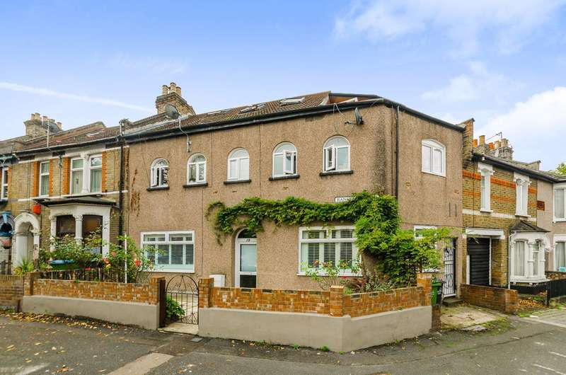 2 Bedrooms Flat for sale in Ranelagh Road, Leytonstone, E11