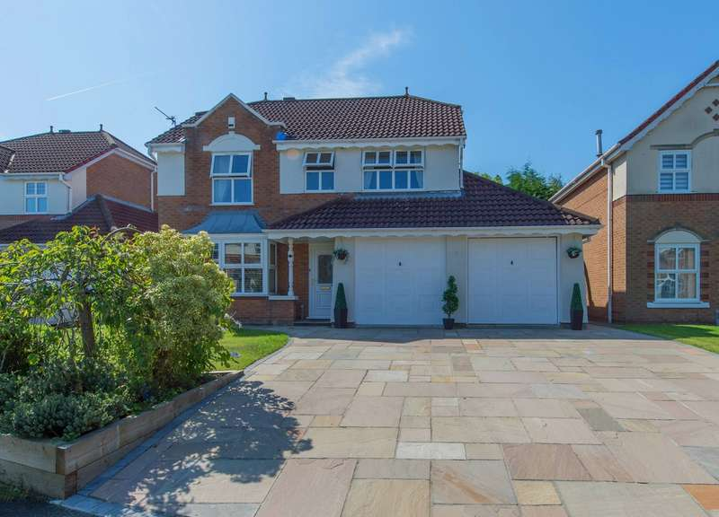 4 Bedrooms Detached House for sale in Reedley Drive, Worsley, Manchester, M28
