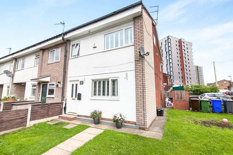 3 Bedrooms Semi Detached House for sale in Weybridge Road, Manchester, M4