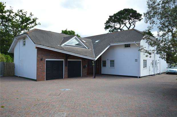 3 Bedrooms Semi Detached House for sale in Old Teignmouth Road, Dawlish, Devon