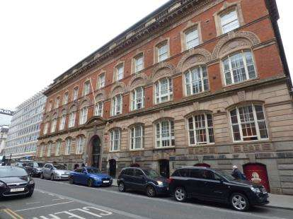 3 Bedrooms Flat for sale in The Albany, 8 Old Hall Street, Liverpool, Merseyside, L3