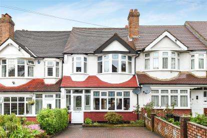 3 Bedrooms House for sale in Langley Way, West Wickham