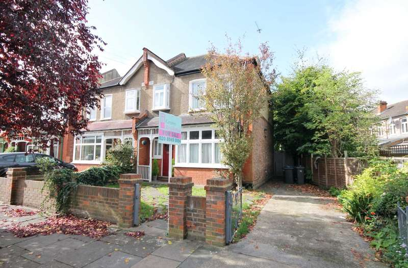 3 Bedrooms Semi Detached House for sale in Hoppingwood Avenue, New Malden