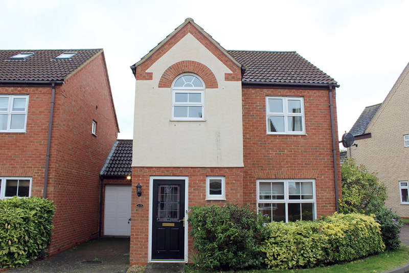 3 Bedrooms Detached House for sale in Redwing Rise, Royston