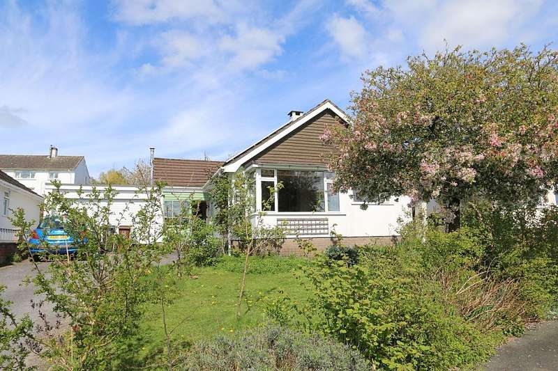 3 Bedrooms Detached Bungalow for sale in Woodland Close, Totnes, Devon, TQ9 6PQ