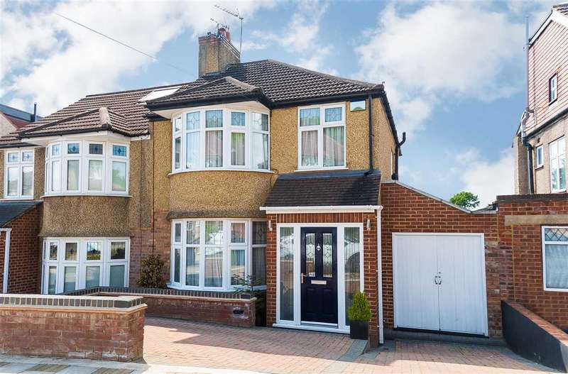 3 Bedrooms Semi Detached House for sale in The Highway, Stanmore, Stanmore