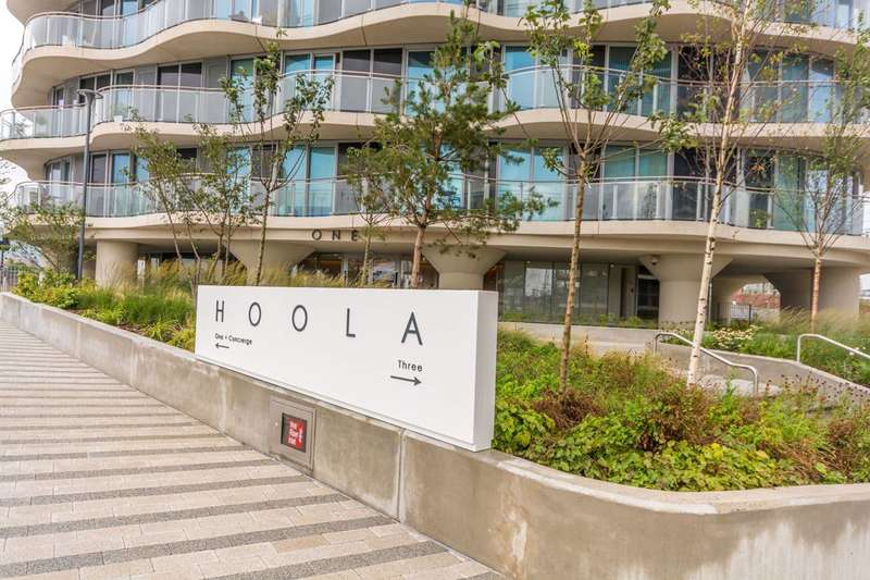2 Bedrooms Flat for sale in Hoola, Royal Docks, E16