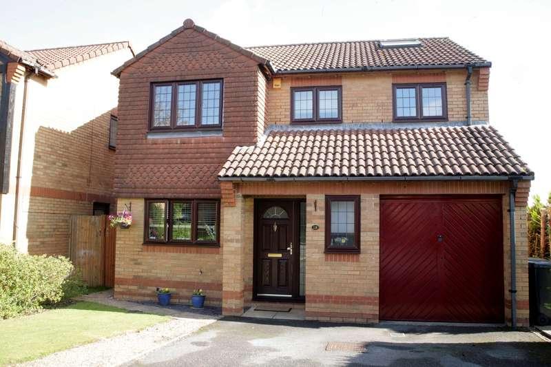 5 Bedrooms Detached House for sale in Hepplewhite Drive, Hatch Warren, Basingstoke, RG22