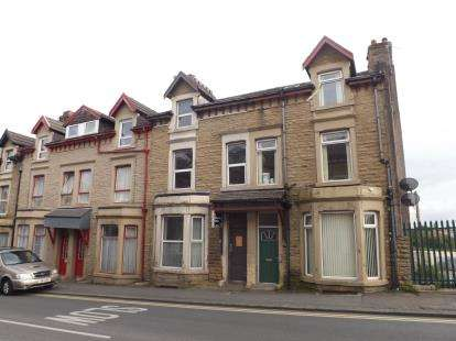 6 Bedrooms Terraced House for sale in Euston Grove, Morecambe, LA4