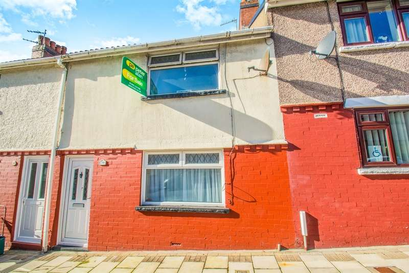 3 Bedrooms Terraced House for sale in Greys Crescent, Tir-Y-Berth, HENGOED