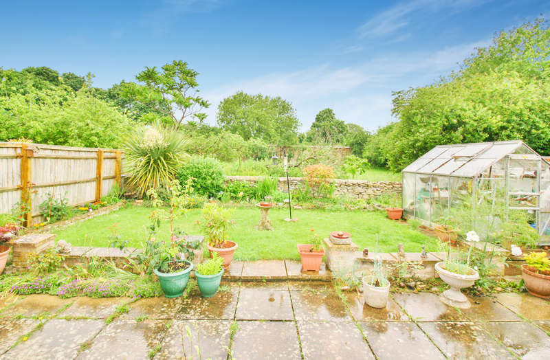3 Bedrooms Detached Bungalow for sale in Freeborn Close, Kidlington