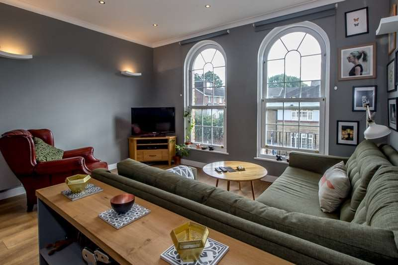 2 Bedrooms Flat for sale in 33 william square, rotherhithe, London, London, SE16