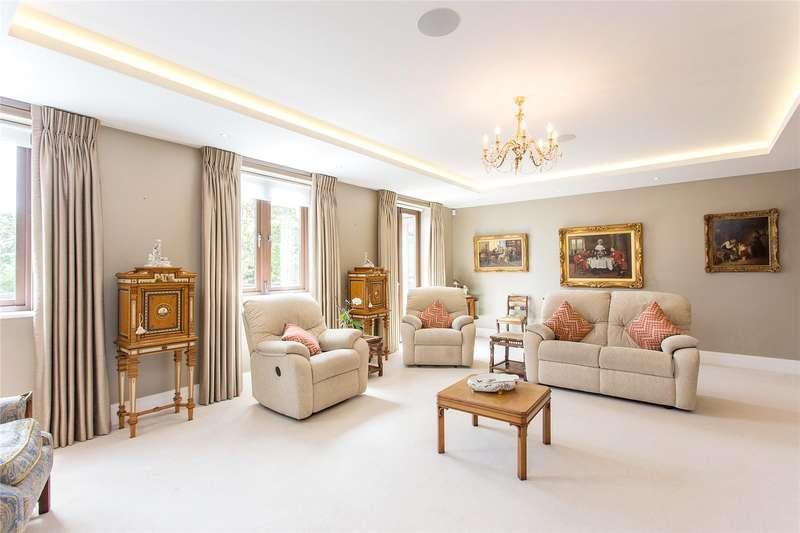2 Bedrooms Flat for sale in Walled Garden Court, Hampton Road, Stanmore, HA7