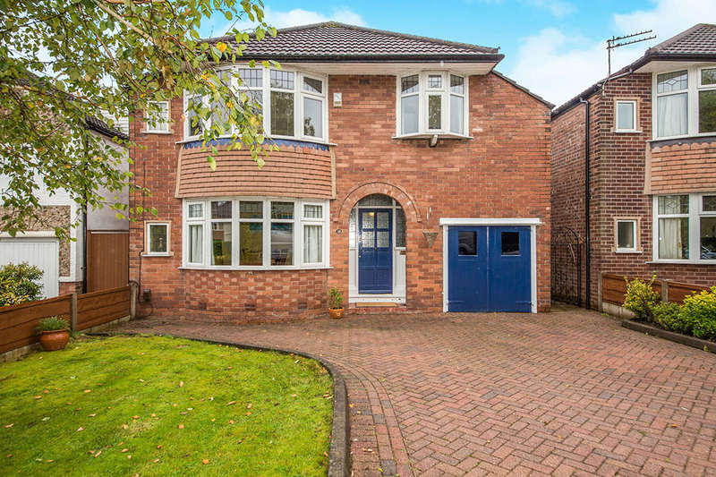 4 Bedrooms Detached House for sale in Colwyn Road, Bramhall, Stockport, SK7