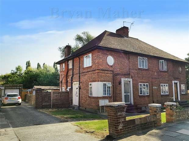 2 Bedrooms Maisonette Flat for sale in Elmstead Court, WEMBLEY