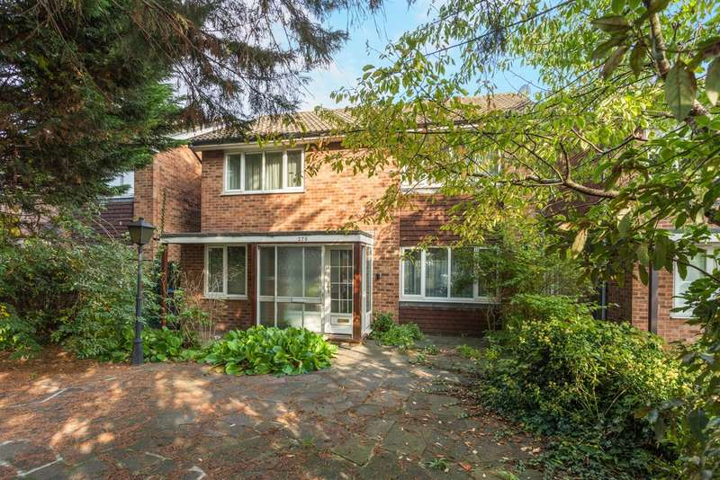 4 Bedrooms Detached House for sale in Malden Road, New Malden, KT3