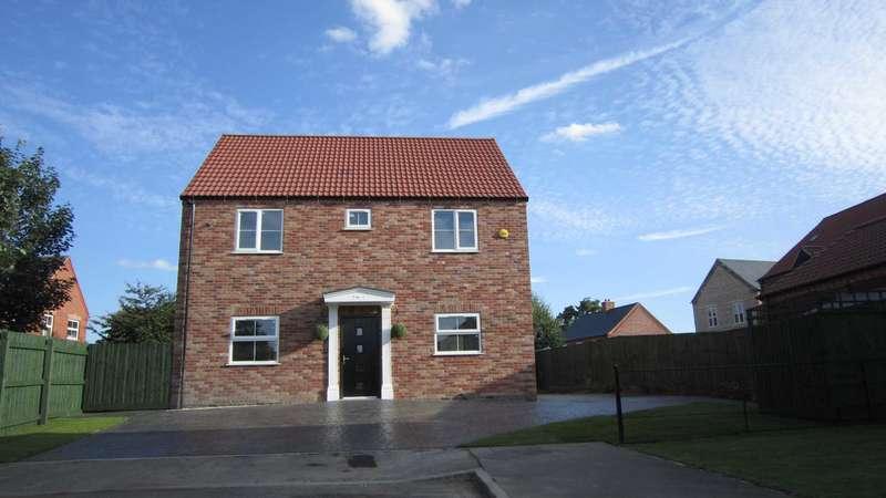 4 Bedrooms Detached House for sale in Durham CLose, Bracebridge Heath, Lincoln, LN4 2TN