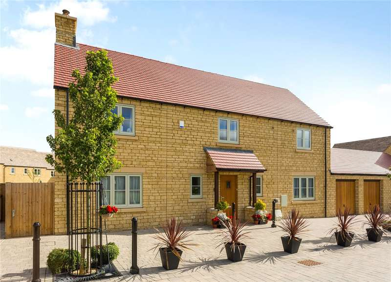 4 Bedrooms Detached House for sale in Top Farm, Kemble, Cirencester, GL7