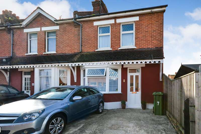 2 Bedrooms House for sale in Chawbrook Road, Eastbourne, BN22