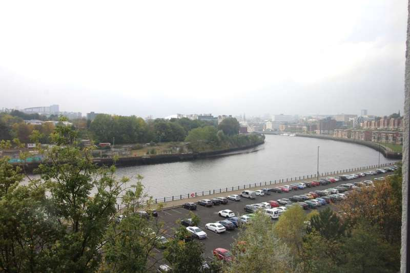 2 Bedrooms Flat for sale in St. Lawrence Road, Newcastle Upon Tyne, NE6