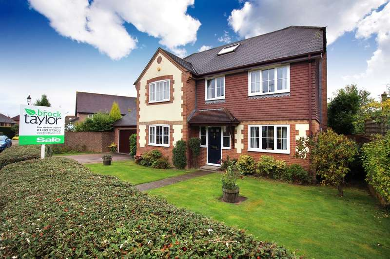 5 Bedrooms Detached House for sale in Nymans Close, Horsham
