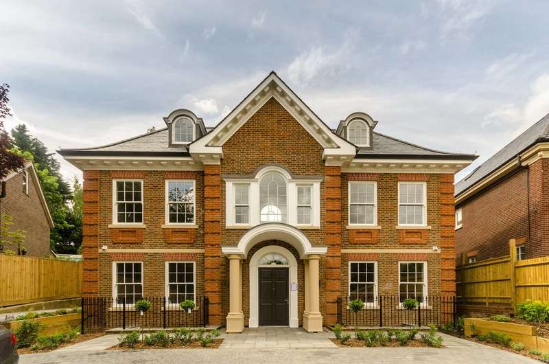 7 Bedrooms House for rent in Deepdale, Wimbledon Village, SW19