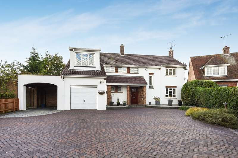 4 Bedrooms Detached House for sale in The Ridgeway, Hitchin, SG5