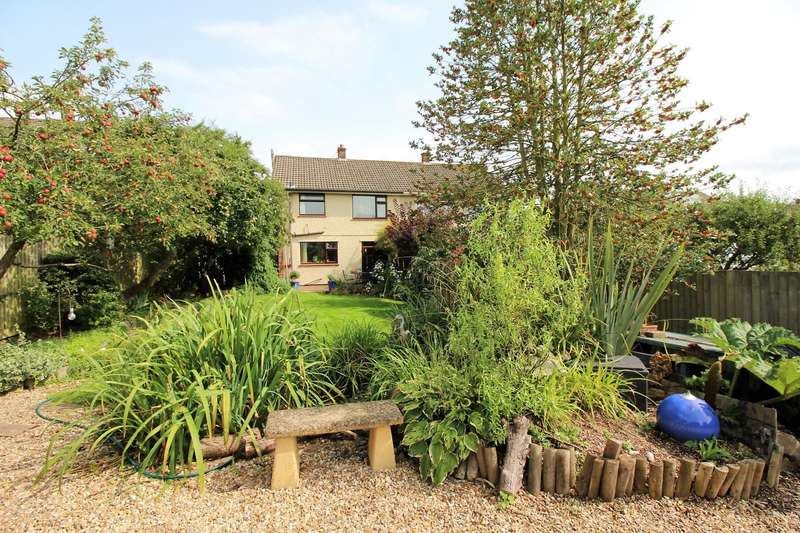 3 Bedrooms Semi Detached House for sale in Parsonage Road, Long Ashton, BS41