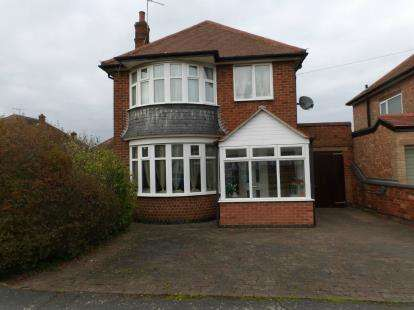 3 Bedrooms Detached House for sale in Windmill Avenue, Birstall, Leicester, Leicestershire
