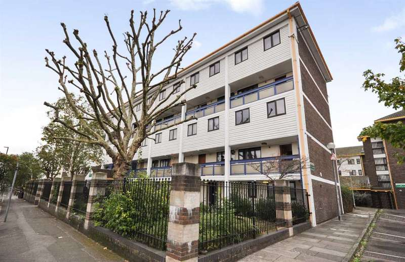 3 Bedrooms Maisonette Flat for sale in Mogden Lane, Isleworth