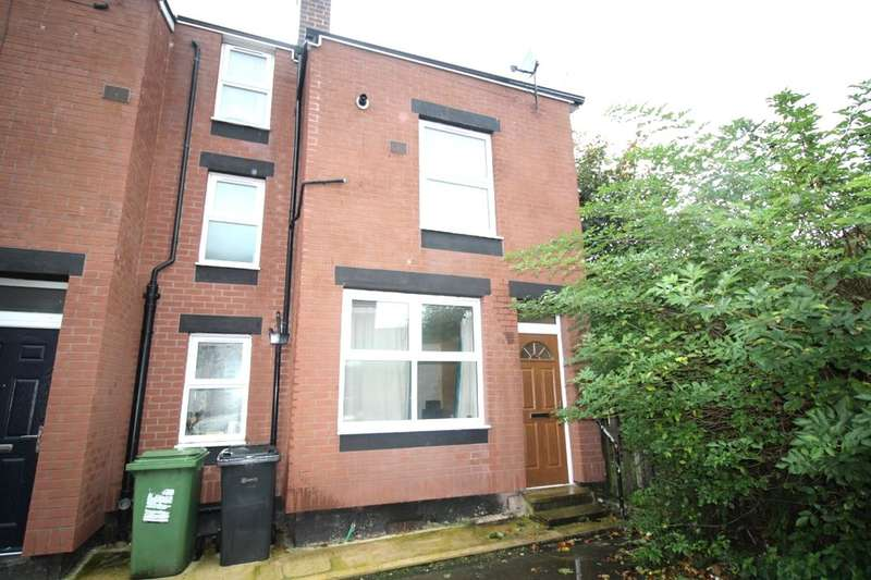 3 Bedrooms Terraced House for sale in Copperfield Place, Leeds, LS9