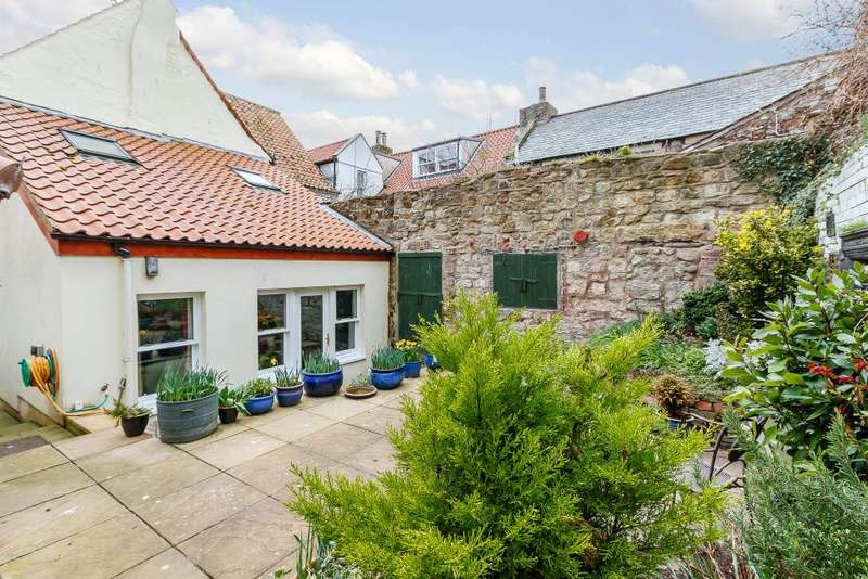 4 Bedrooms Semi Detached House for sale in Bridge Street, Berwick-upon-Tweed, Northumberland, TD15 1AQ