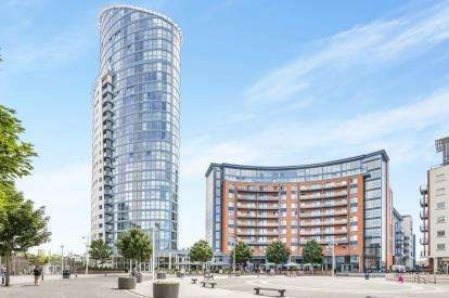 2 Bedrooms Flat for sale in Portsmouth, Hampshire, United Kingdom