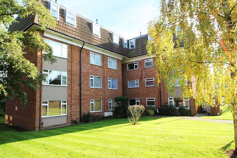 1 Bedroom Property for rent in Lambs Close, Cuffley